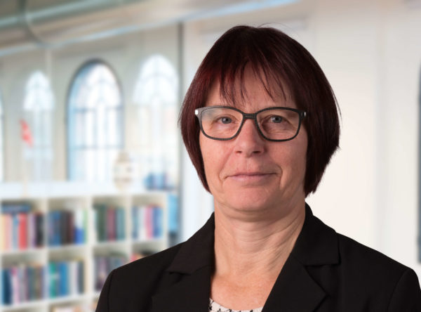 Marianne Michael Bach advokat advokatsekretær voldgift retssager