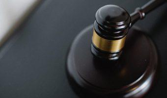 Ophavsrettigheder hammer dommer retssager advokat